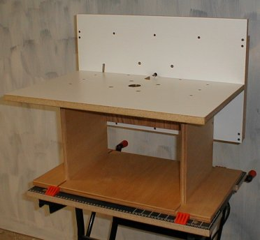Christophermerrill with an alternate fence installed this router table can be used in a horizontal configuration the fence surface references the top and two side supports greentooth Image collections